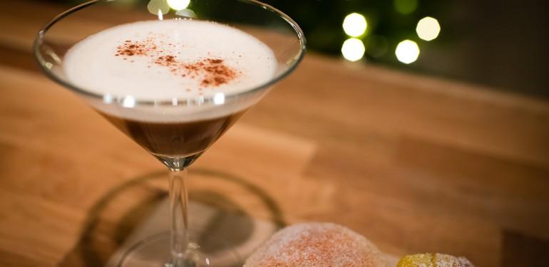 Gingerbread Vodka Martini