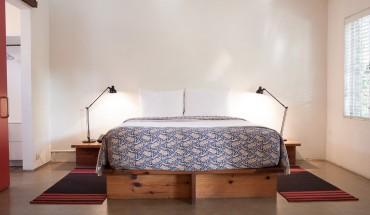 Hotel San José grand suite bed