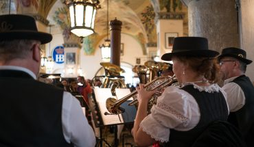 Hofbräuhaus am Platzl band playing